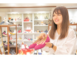 沖縄市 靴屋 バイト
